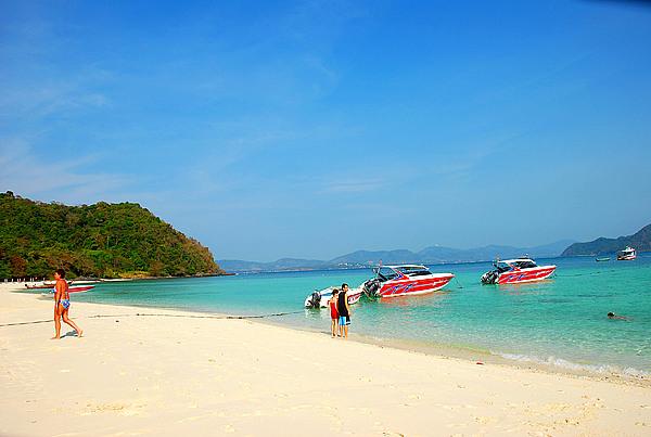 泰国<a href=http://www.97616.net/vjingdian_2261.html>皮皮岛</a>