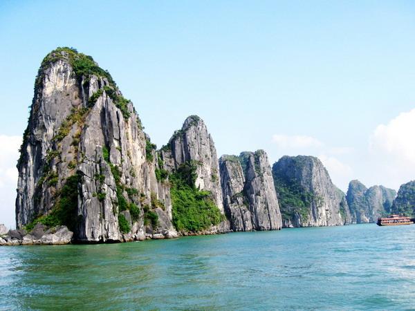 去越南旅游大概需要多少钱?去越南旅游跟团游、自助游费用