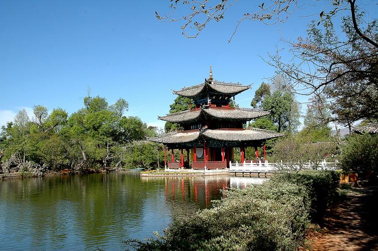 丽江<a href=http://www.akumal-rentals.com/vjingdian_367.html>黑龙潭公园</a>