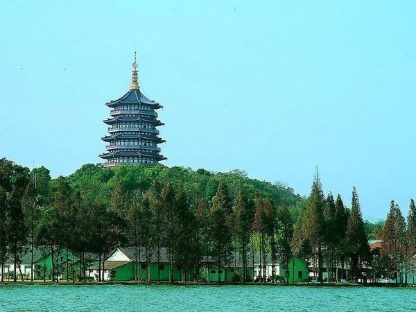 杭州灵隐寺飞来峰